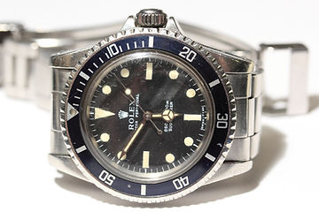 Rolex Submariner.  Rolex GMT-Master II.  Rolex Daytona.  Rolex Datejust.  Rolex Day-Date. Rolex Explorer.  Rolex Air-King. Rolex Sea-Dweller.