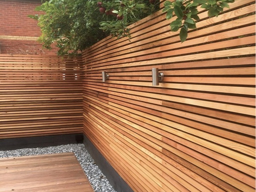 DIY horizontal slatted fence