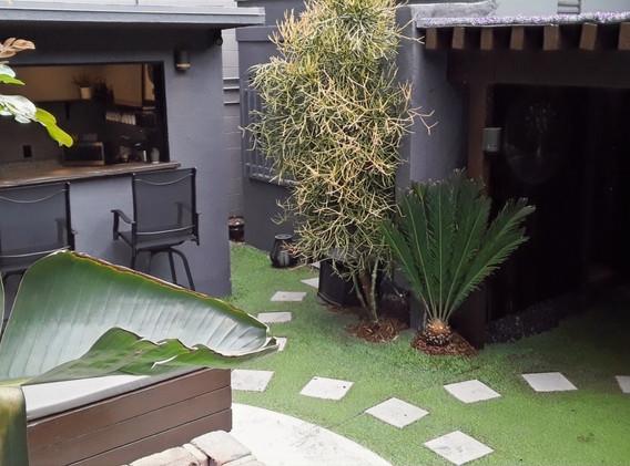 Courtyard/Kitchen