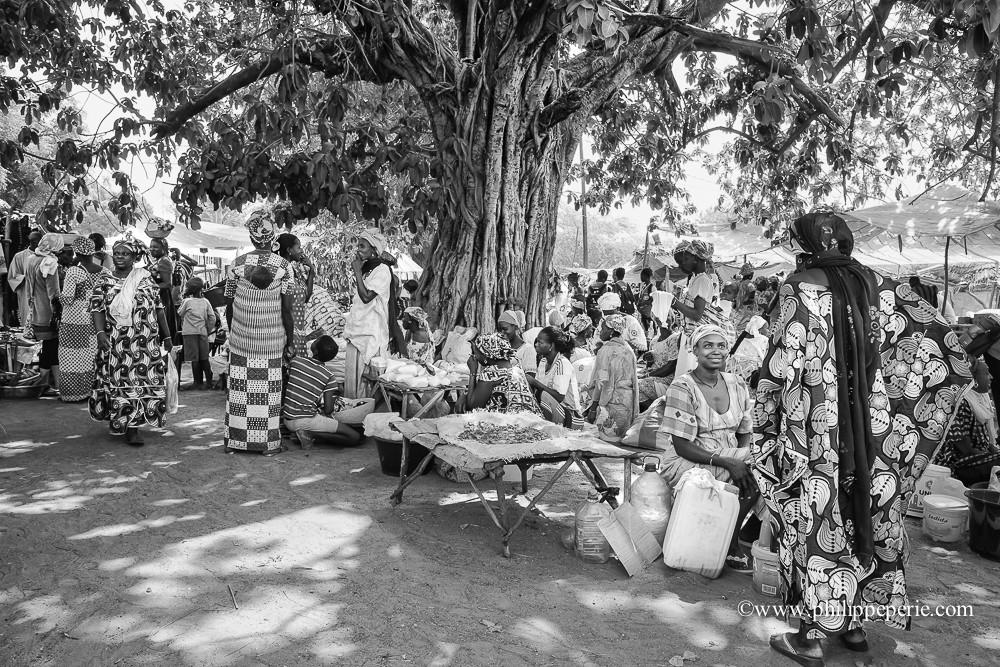 Philippe Périé, marché dans le Sine Saloum, Sénégal.