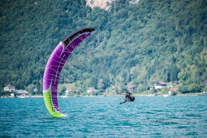 Championnat de France de parapente acrobatique à Annecy