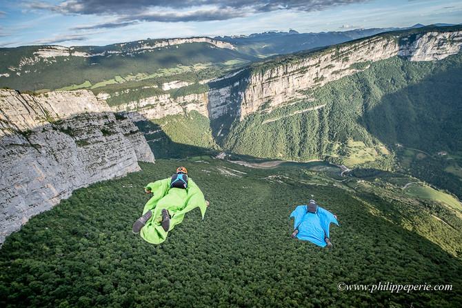 Wingsuit, Fond de Cirque à Presles avec JeanPhi et Igor