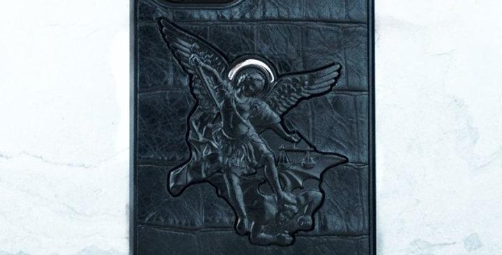 Чехол iPhone с Архангелом Михаилом от бренда Euphoria HM Premium