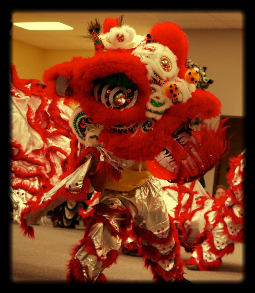traditional Chinese lion dancing