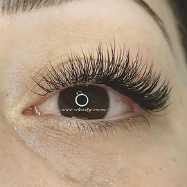 classic lashes.jpg