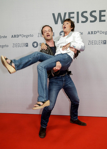 Jörg Hartmann und Katrin Sass auf dem Roten Teppich
