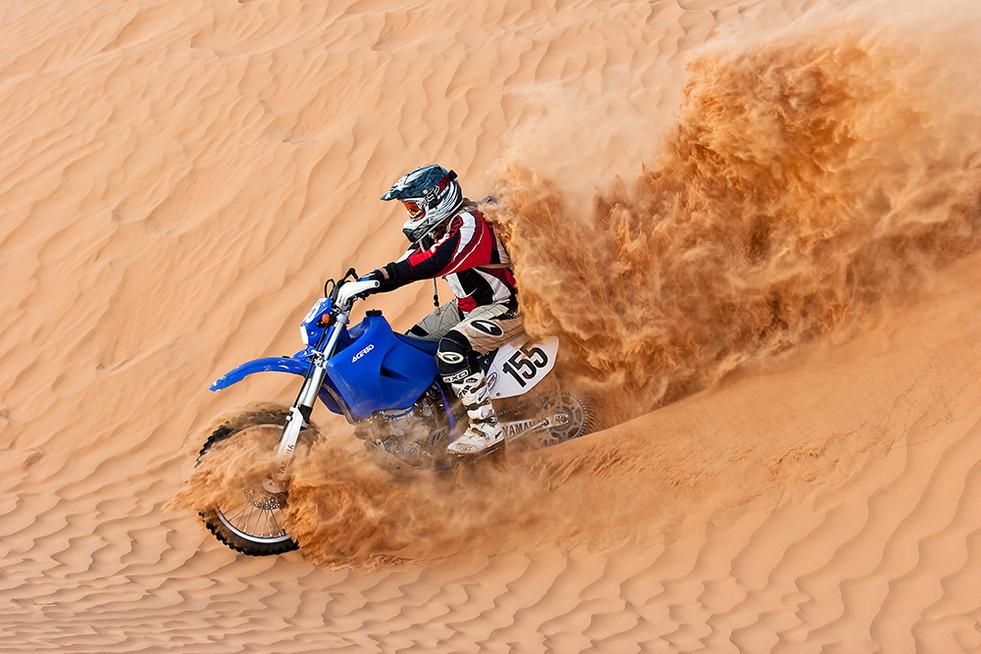 Enduro in der Sahara bei Ksar Ghilane