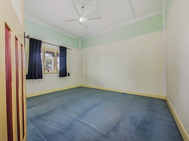 3 Third Avenue Bassendean Bedroom before
