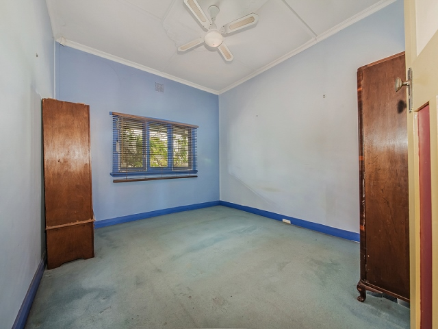 3 Third Avenue Bassendean -Master-Bedroom before