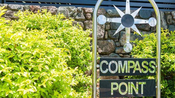 Compass Point 11