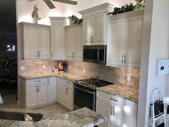 3. Kitchen on Pinnacle Ln in Naples, FL 34110