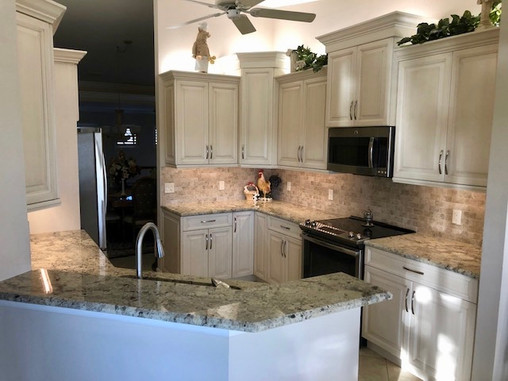 4. Kitchen on Pinnacle Ln in Naples, FL 34110