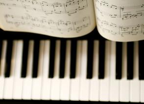 Should I Buy A Digital Piano Or Acoustic Piano?