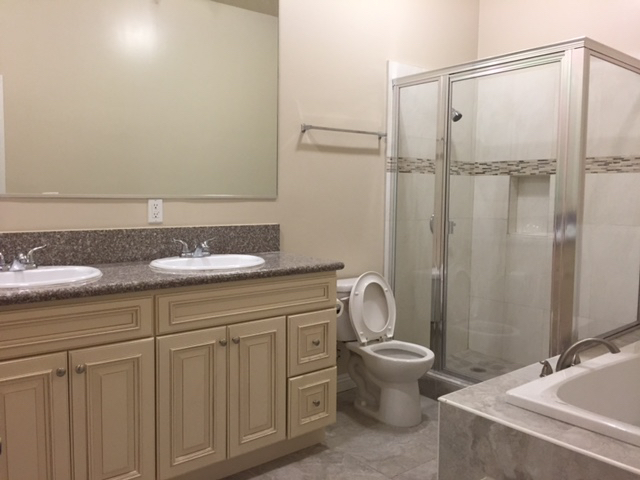 17-Bathroom