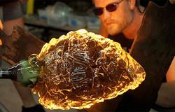 img-wednesday-artwalk-glassblowing-625x4
