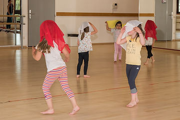 atelier danse groupe petits-24 YA.jpg