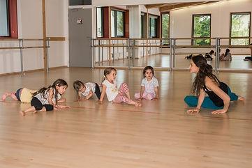 atelier danse groupe petits-31YA.jpg