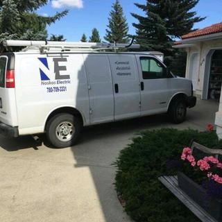 Noskos electric work van