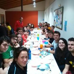 Cena con buena gente.jpg #menejoven  el camino sigue