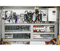 CONTROL CIRCUIT MEETS CE STANDARDS