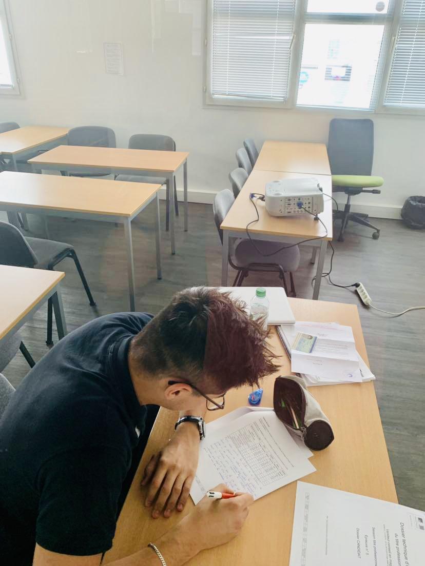 Examen Titre Professionnel VCM