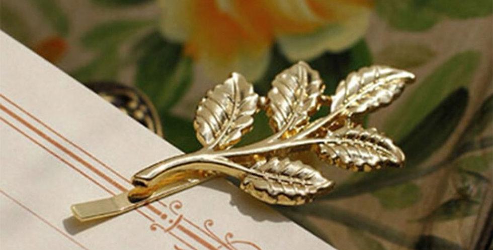 Leaf hair clip
