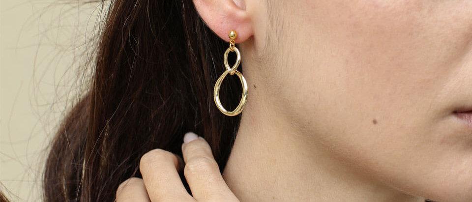 Gold Iris earrings