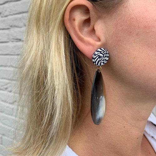 Stripe oval horn earrings