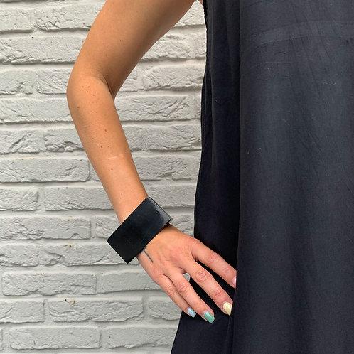 Black resin cuff