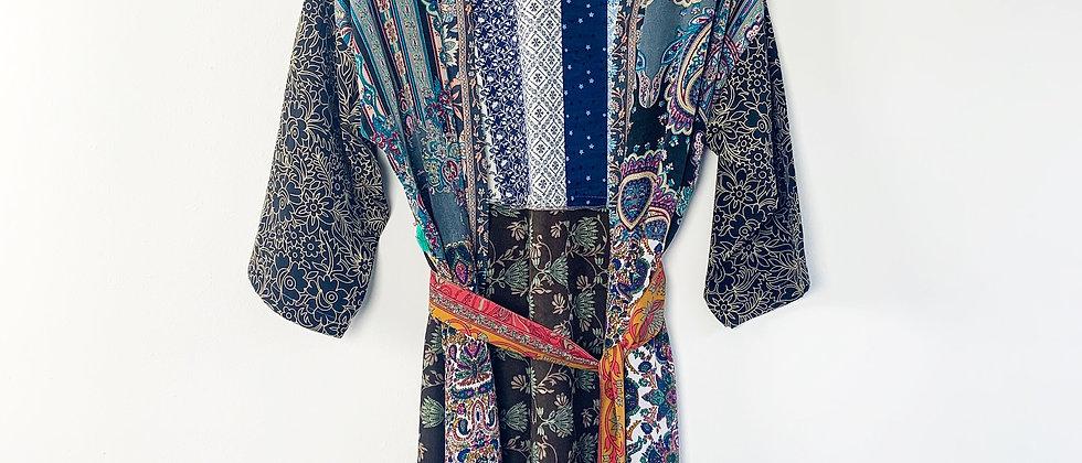 Mint & Molly Short silk kimono blue