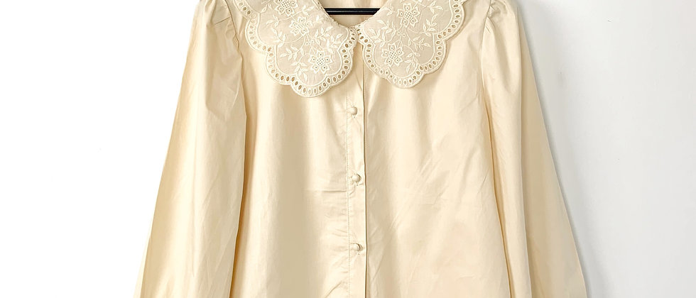 Mint & Molly | Broderie collar blouse