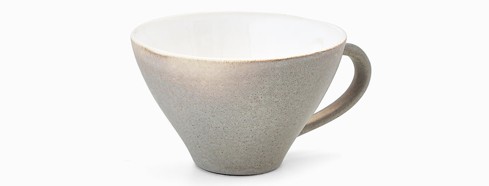 E. Leijon Stone cup with ear light grey