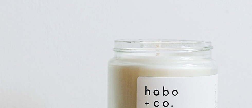 Hobo + Co Bloom essential oil candle
