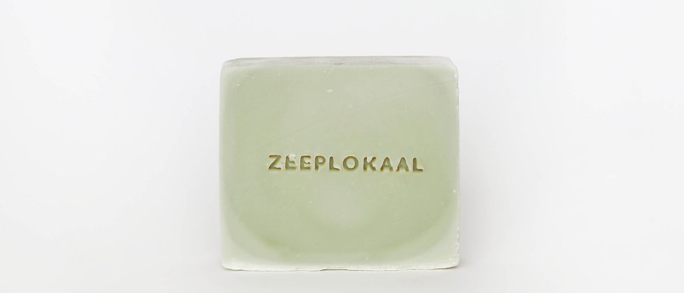Het Zeeplokaal Soap bar | Green clay and Bergamot