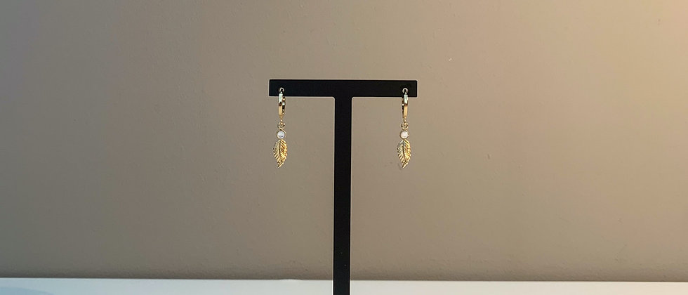 Fabien Ajzenberg Mini hoop earrings with leaf
