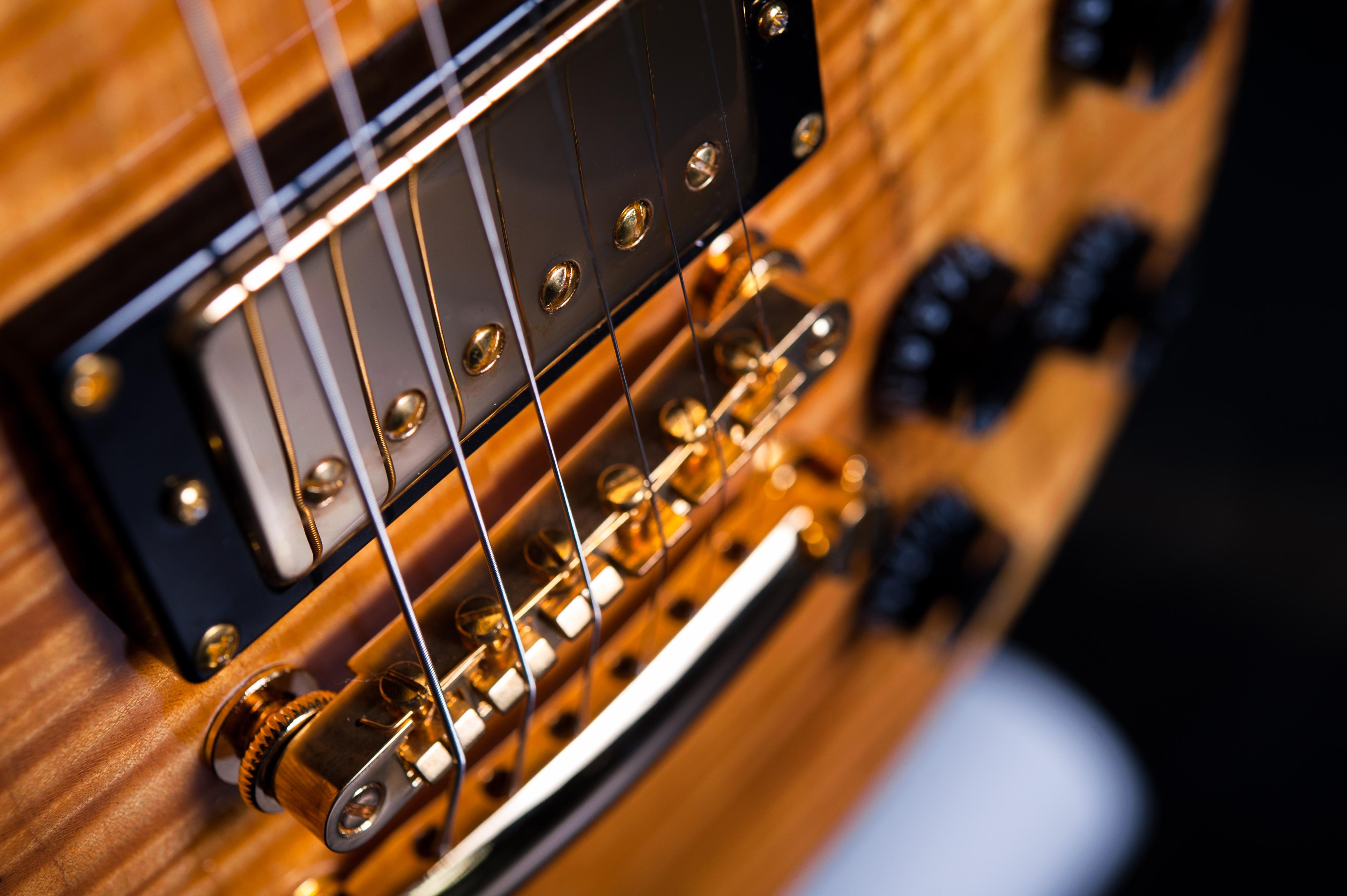 Предметная фотосъемка гитары