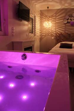 Chambre romantique avec baignoire