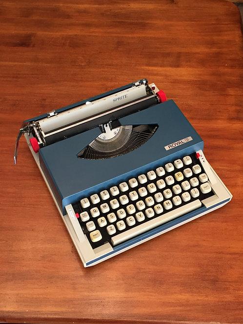 Royal Sprint Manual Typewriter