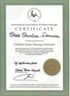 certificat international d'instructrice en massage pour bébé