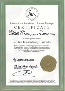 certificat international d'instructrice en massage pour bébé