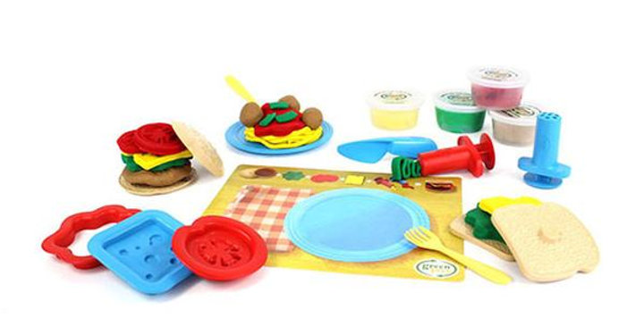 GREEN TOYS DOUGH SETS 18-PIECE MEAL MAKER 2+ YEARS