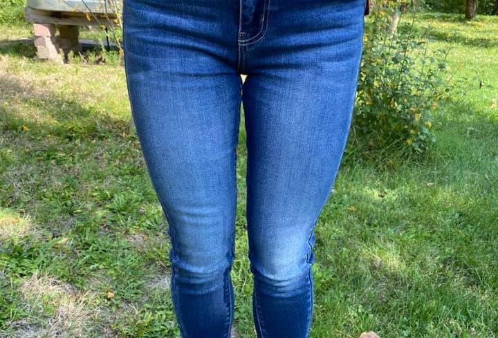 Head Over Feet KanCan Jeans