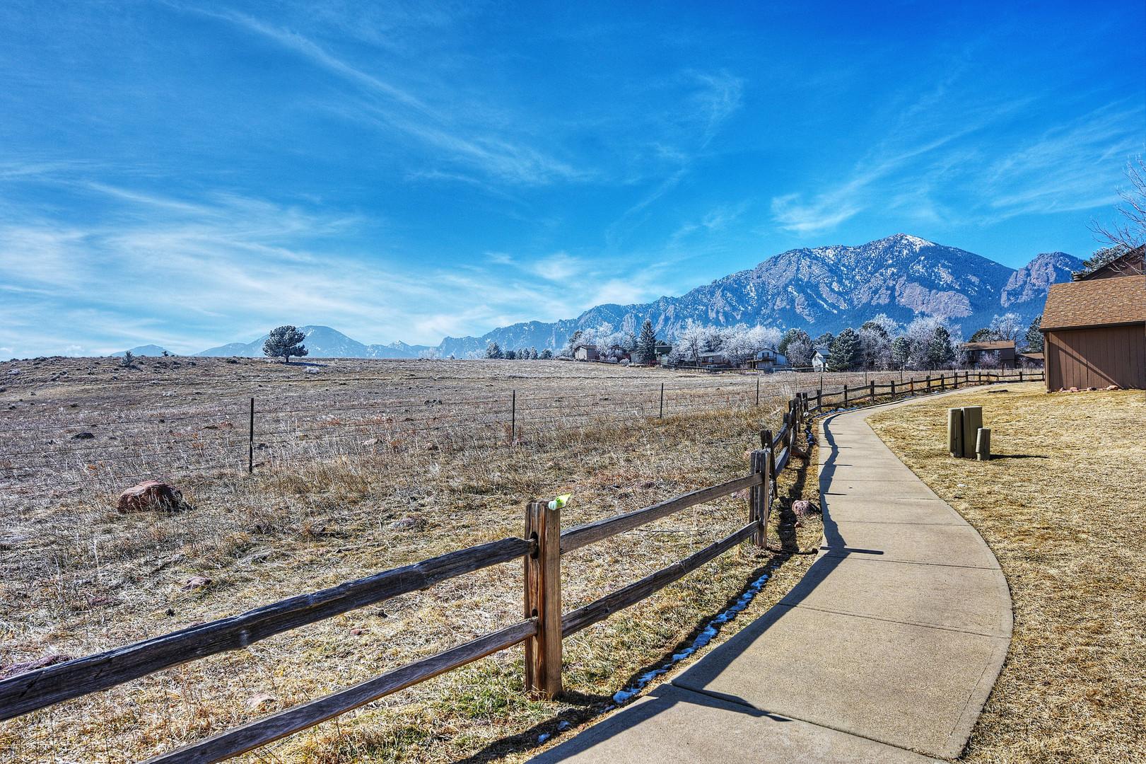 4242 Greenbriar Blvd, Boulder_06.jpg