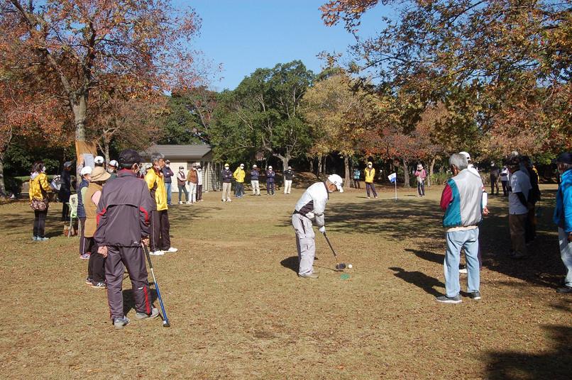 晴天の中、久しぶりのグラウンドゴルフ選手権開催