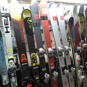 A few Skis