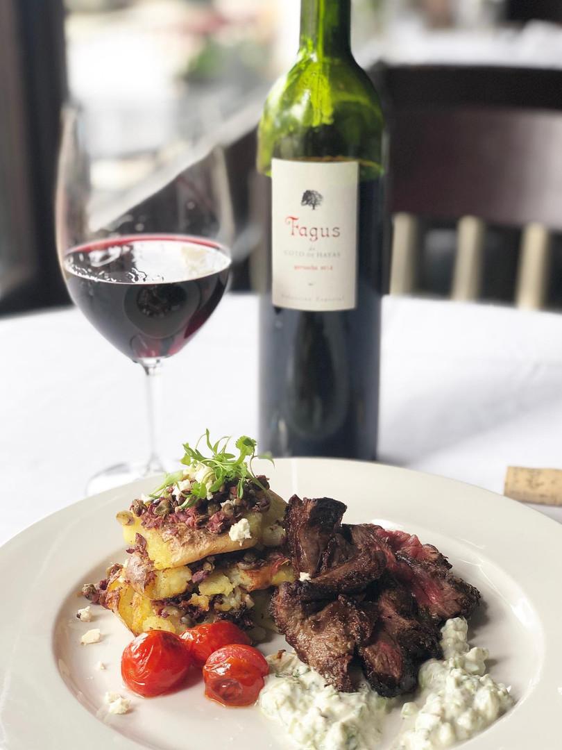 parkers-bistro-steak-wine-1-downtown-sioux-falls
