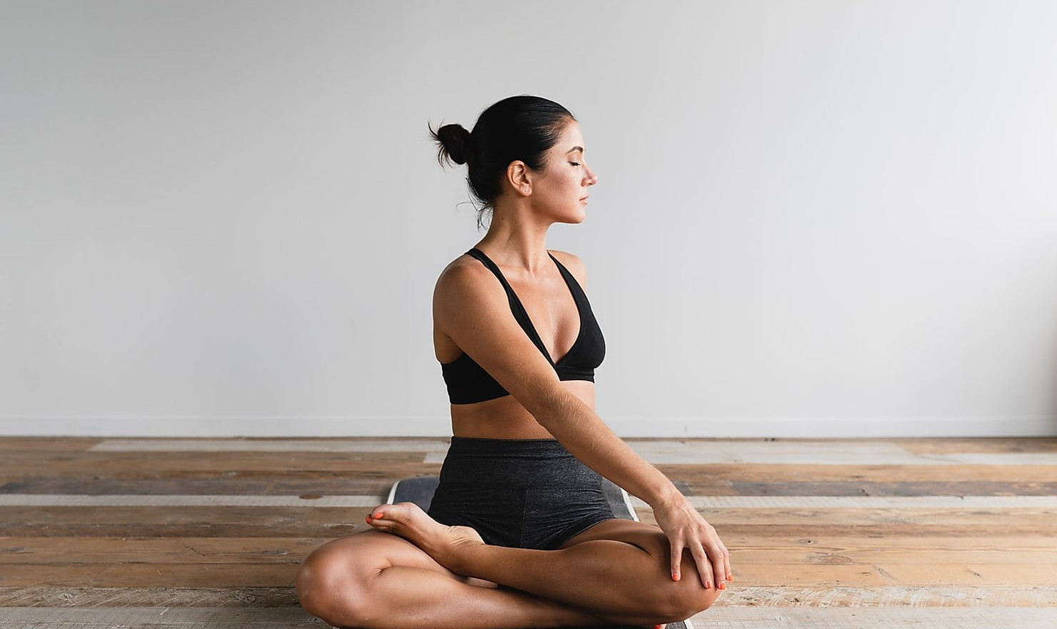 Best Yoga Remedies to The Damage Caused By Your Sedentary Job