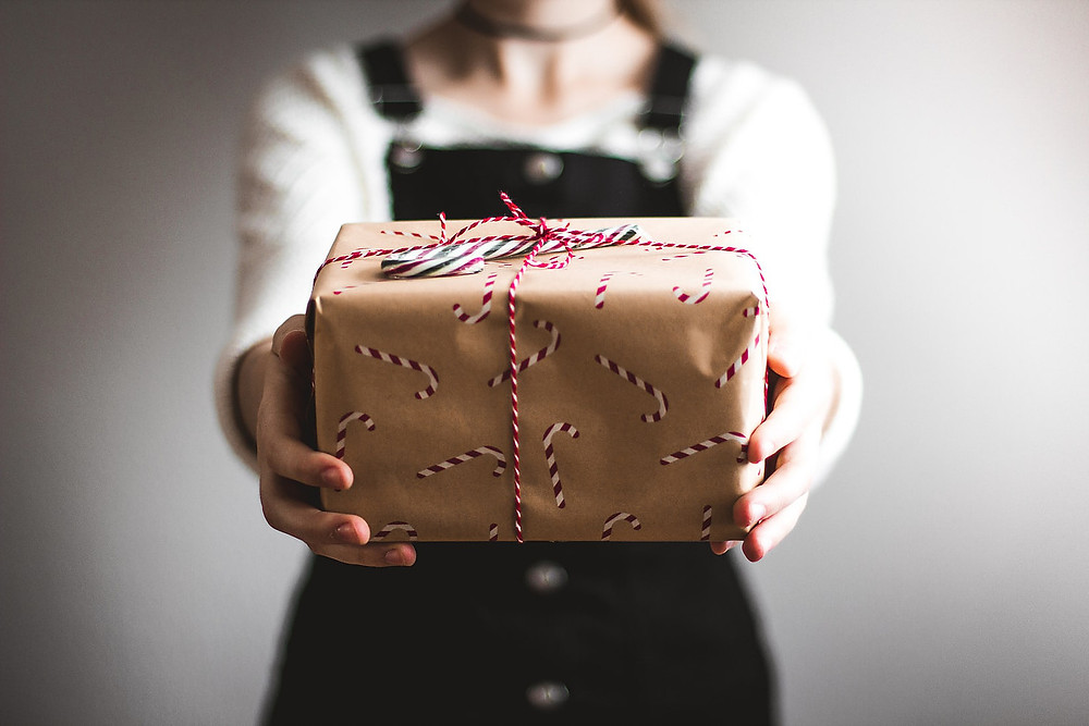 Save The Planet And Go All Out For The Holidays - The Secrets For a Sustainable Christmas Femie Magazine