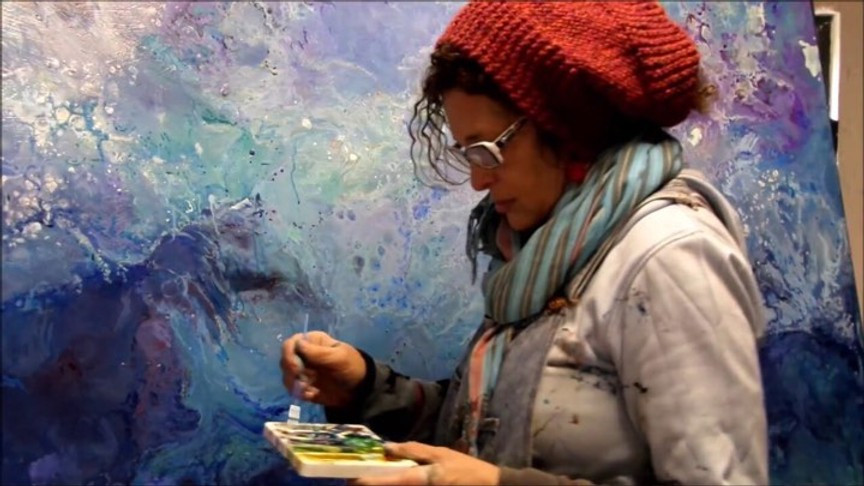 We Interviewed Painter Leonie Edna Brown – Little Girl With a Brave Heart Femie Magazine