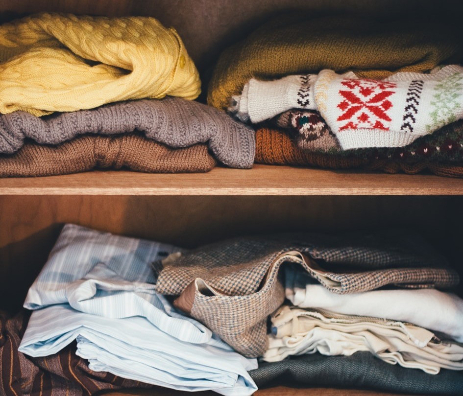 Guide To A Sustainable Wardrobe Revamp - Project 333 Explained Femie Magazine